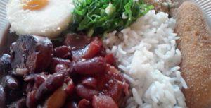 feijão vermelho com codeguim