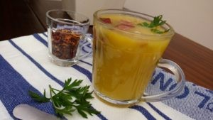 sopa cremosa com mandioca com calabresa e bacon
