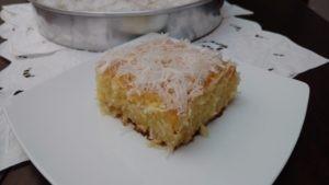 bolo karina, molhadinho e saboroso