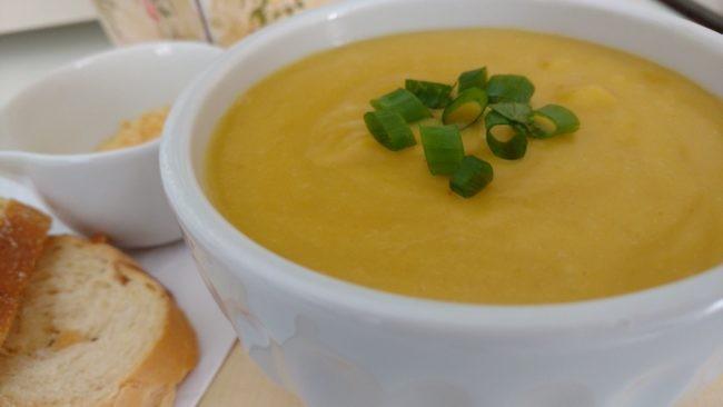 sopa creme de mandioquinha caseira