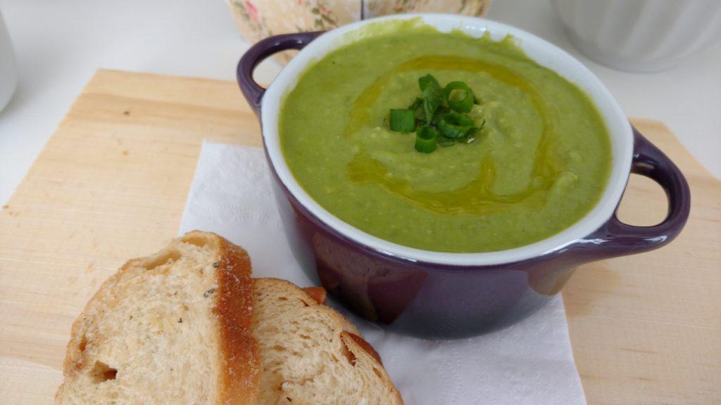 sopa de ervilha fresca