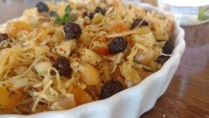arroz marroquino com passas, frango, castanhas